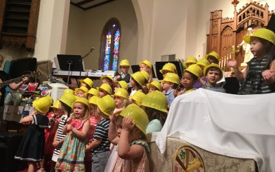 CDC 3's and 4's Sing in Worship